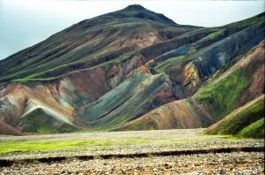 Die farbigen Berge in und um Landmannalaugar - Bildquelle: Jerzystrzelecki bei Wikipedia