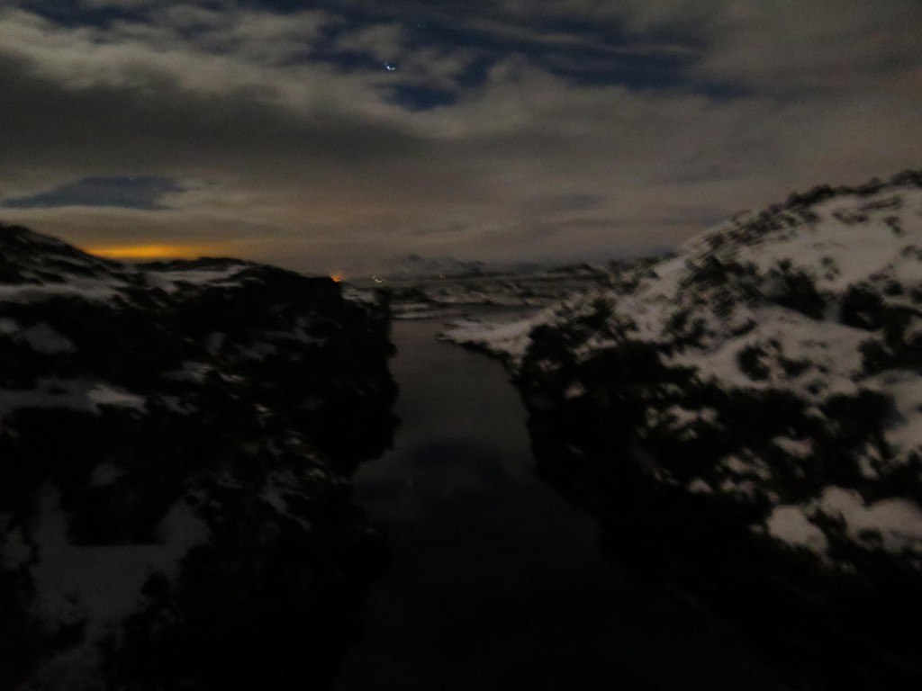 Silfra bei Nacht