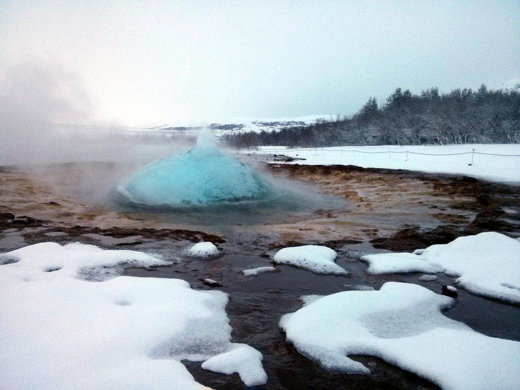 Heiß und kalt: Der Winter als kontrastreichste Jahreszeit für Island
