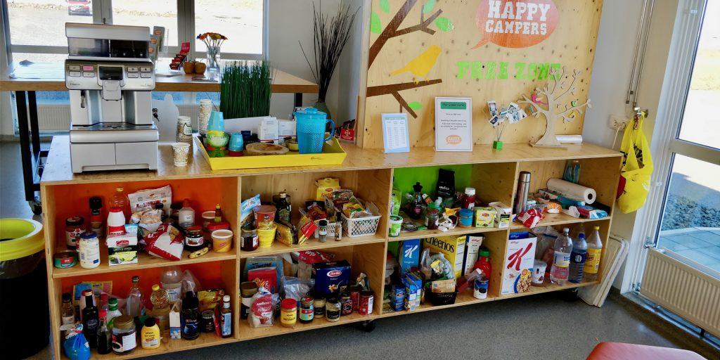 Nachhaltigkeit geht schon vor der Reise los: Bei Happycampers können die Kunden sich sofort mit Lebensmitteln eindecken die Andere zu viel hatten